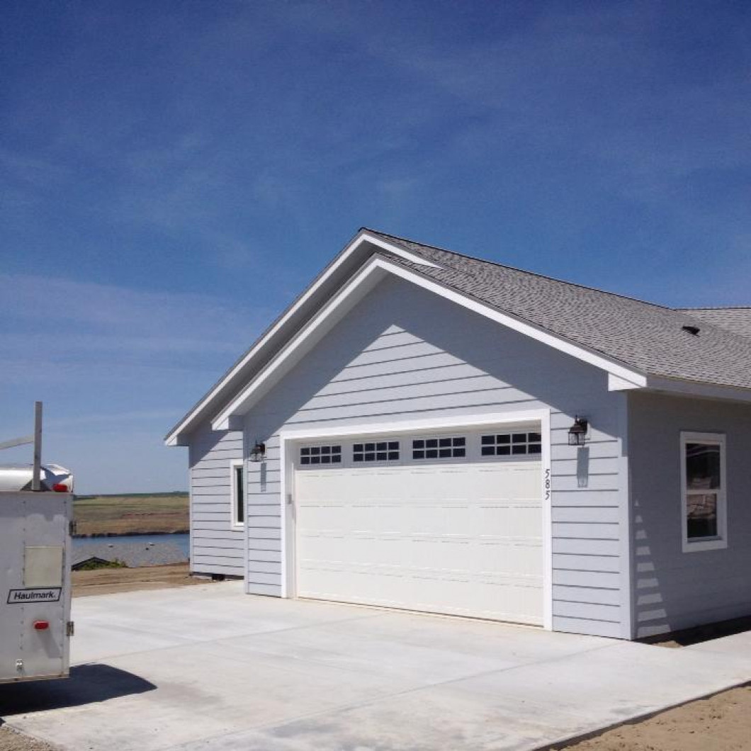 Detached Garages & Storage Sheds