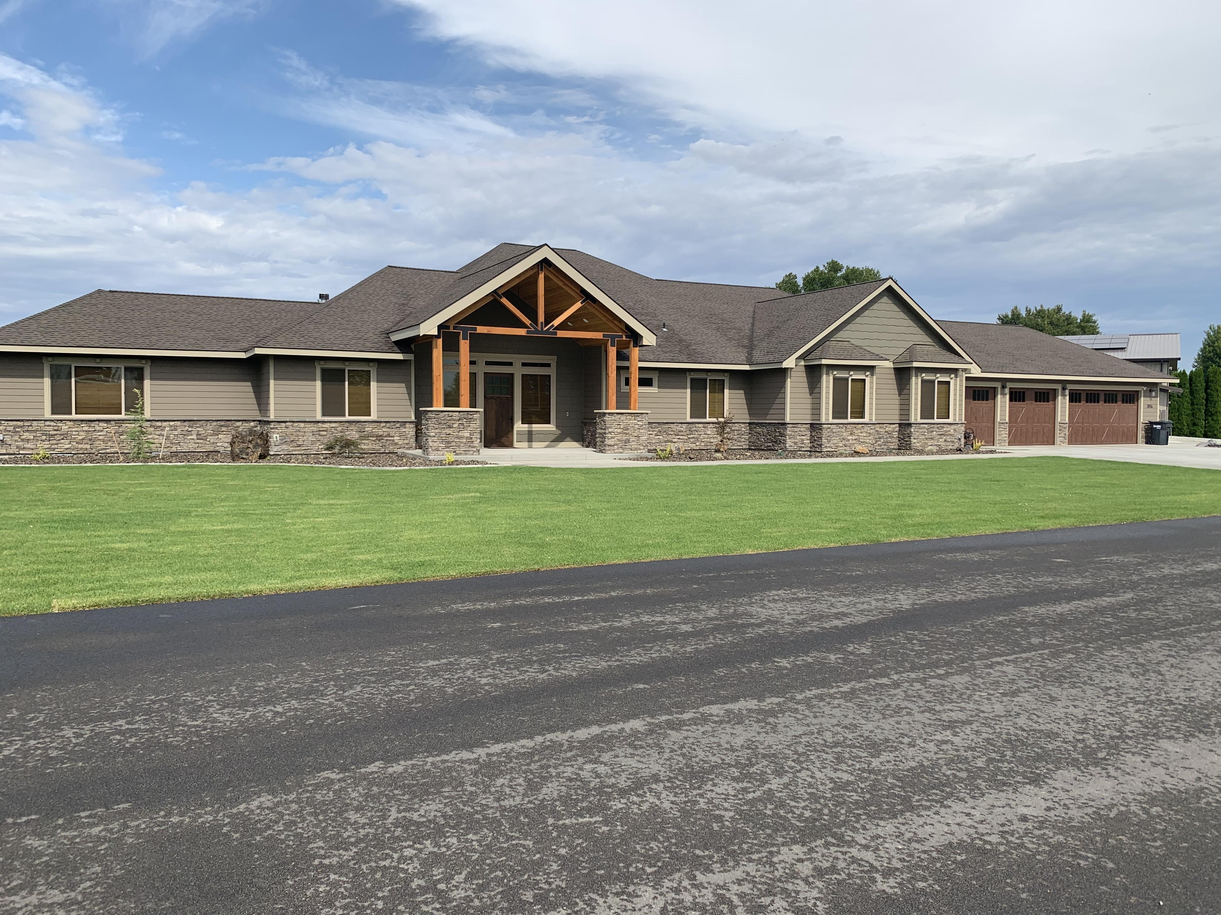 General Contractor Custom Home Builder