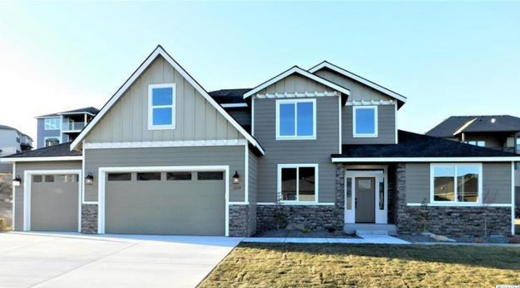 Saddle Mountain Homes Now in White Bluffs!